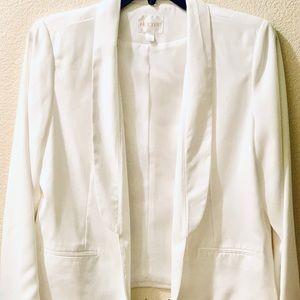 Decree Blazer Jacket in White (XL)